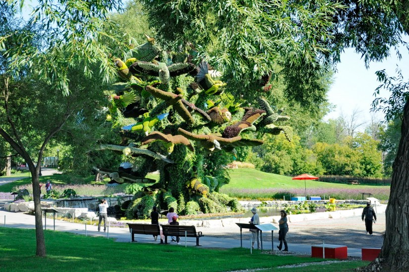 the bird tree, mosaiculture 2018, gatineau, quebec, canada