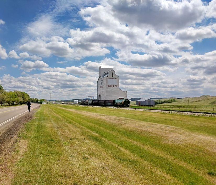 a grain silo, rockglen, saskatchewan