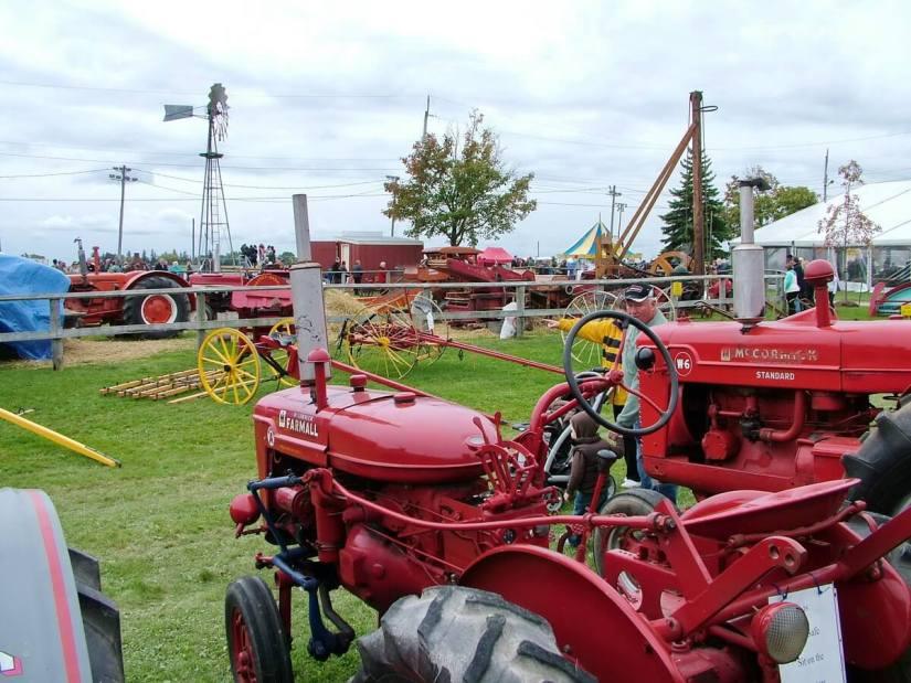 antique farm machinery, markham fair, markham, ontario, 2010