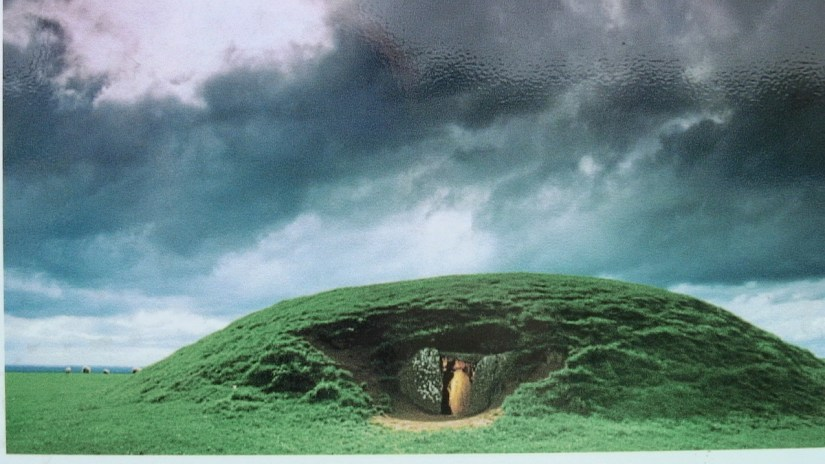 the mound of the hostages, the hill of tara, county meath, ireland