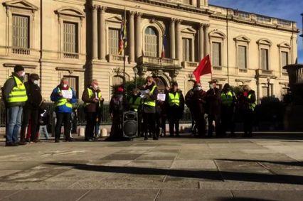 Une trentaine de Gilets Jaunes réunis ce samedi 26 décembre devant la préfecture de l'Hérault.