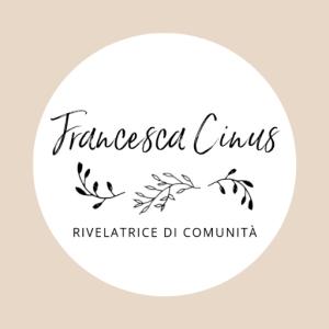 Logo composto da rami d'ulivo per Francesca Cinus - Rivelatrice di Comunità