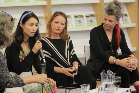 Putting the ME in Memoir. Alice Pung, Sally Breen and Francesca Rendle-Short. Photo by www.glennhunt.com.au https://www.facebook.com/115661915184582/photos/a.276708012413304.66331.115661915184582/343272362423535/