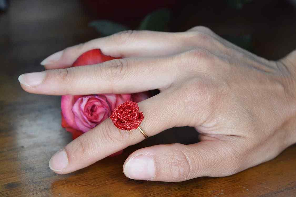 Rose 18ct gold ring
