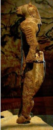 L'uomo leone trovato in Germania Hohlenstein Stadel nel 1939 databile 32.000