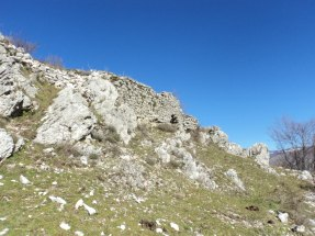 Ruderi mura di cinta Roccasecca