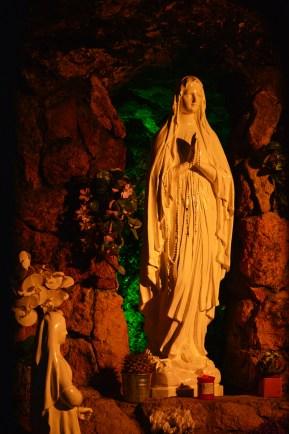 Grotta di Lourdes