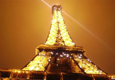 Desconfinamiento-la-torre-Eiffel-reabrirá-sus-puertas-el-25-de-Junio