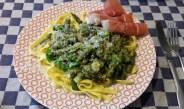Pasta met groene asperges en broccoli