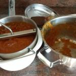 Door de passeerzeeg voor een gladde soep