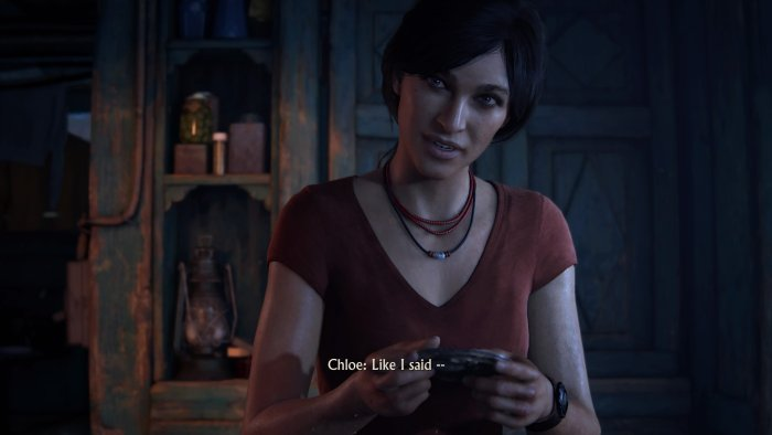 Uncharted The Lost Legacy - Chloe with and artifact