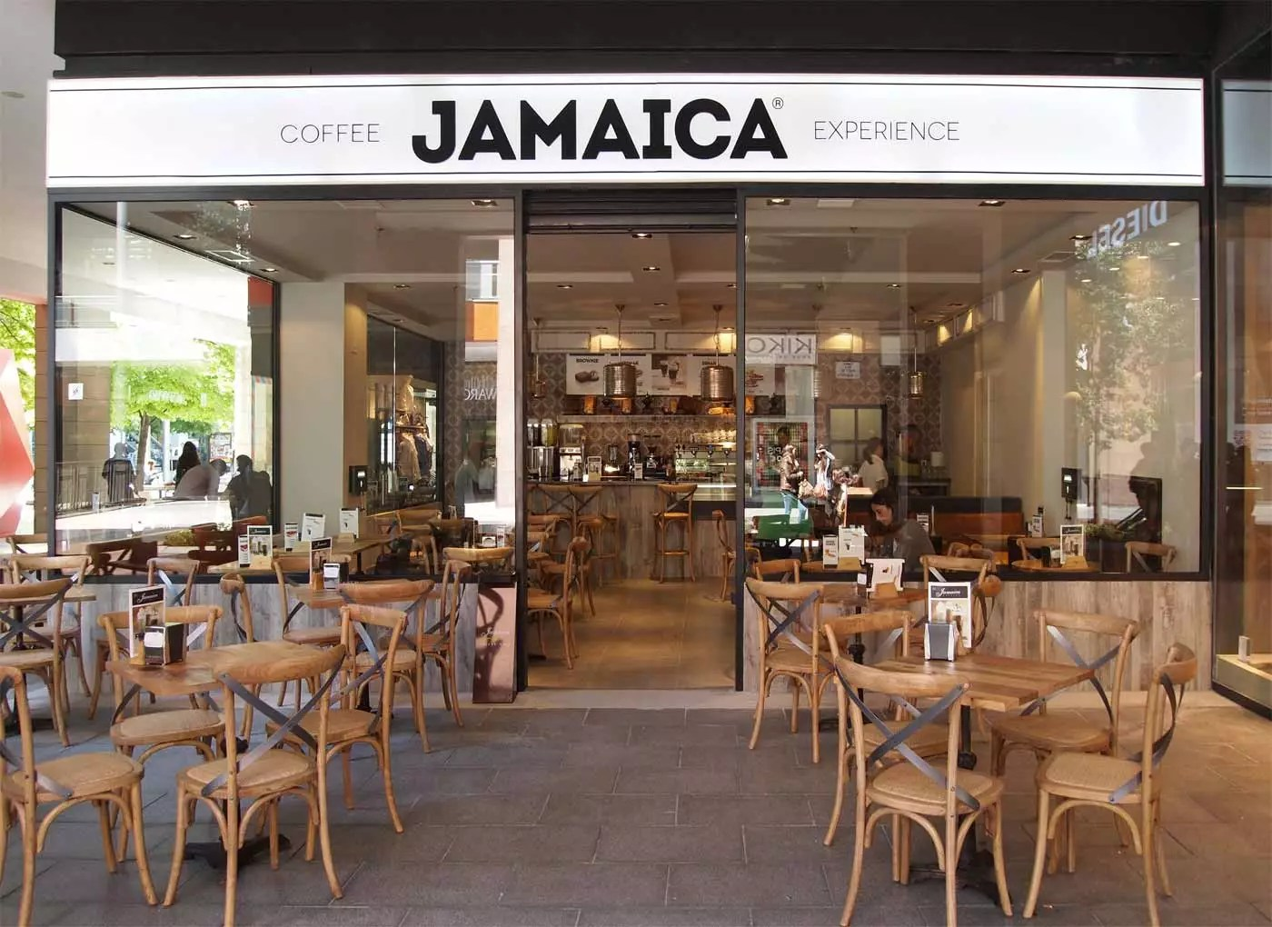 Muebles Para Una Cafeteria Francisco Segarra Proyecta En Local De Jamaica Coffee Shop