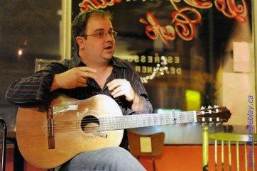 Durant un atelier de flamenco à la Cita Flamenca, Dépanneur Café, 2009.