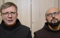 bEZ sLOGANU – W co się ubrać do kościoła?
