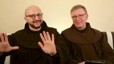 bEZ sLOGANU – Czy nie szkoda czasu, by modlić się za rządzących?