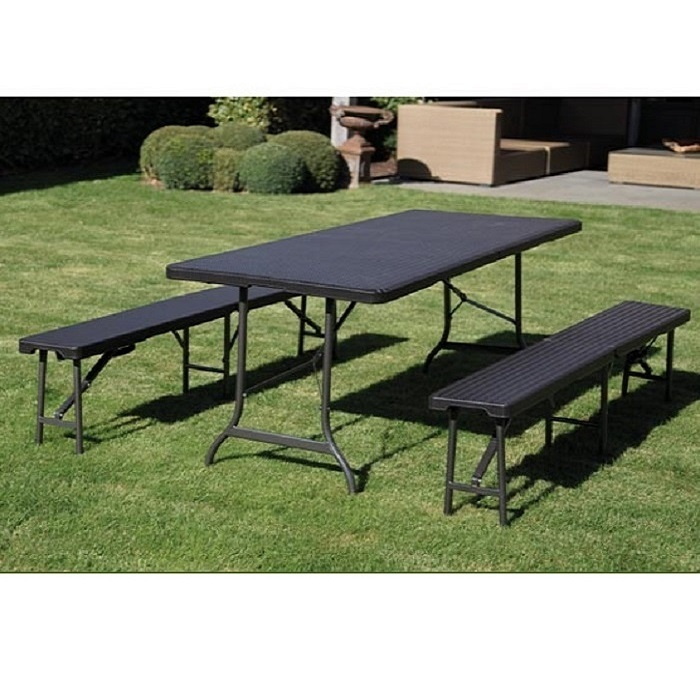 Table Design Noir + 2 Bancs Pliable Imitation Rotin