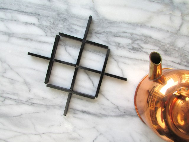 DIY Trivet Made from Balsa Wood | Francois et Moi