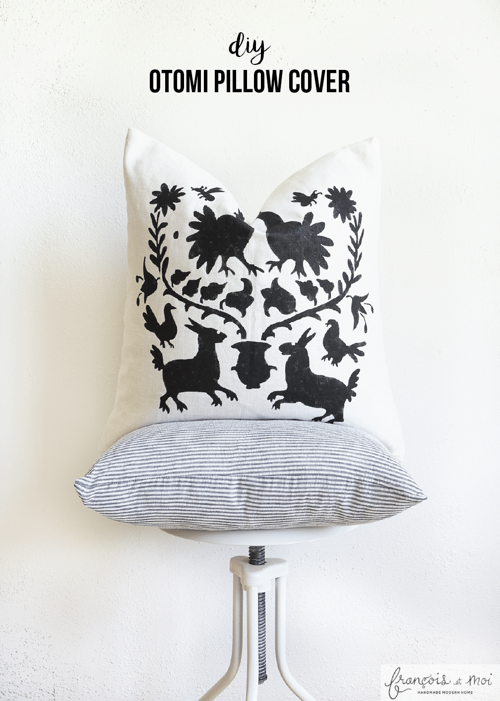 Love the Otomi pattern, but not the price tag? Learn how to make Otomi pillows instead for a fraction of the price at francoisetmoi.com!