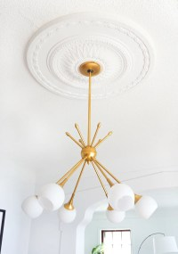 How to Center a Light Fixture Using a Ceiling Medallion ...