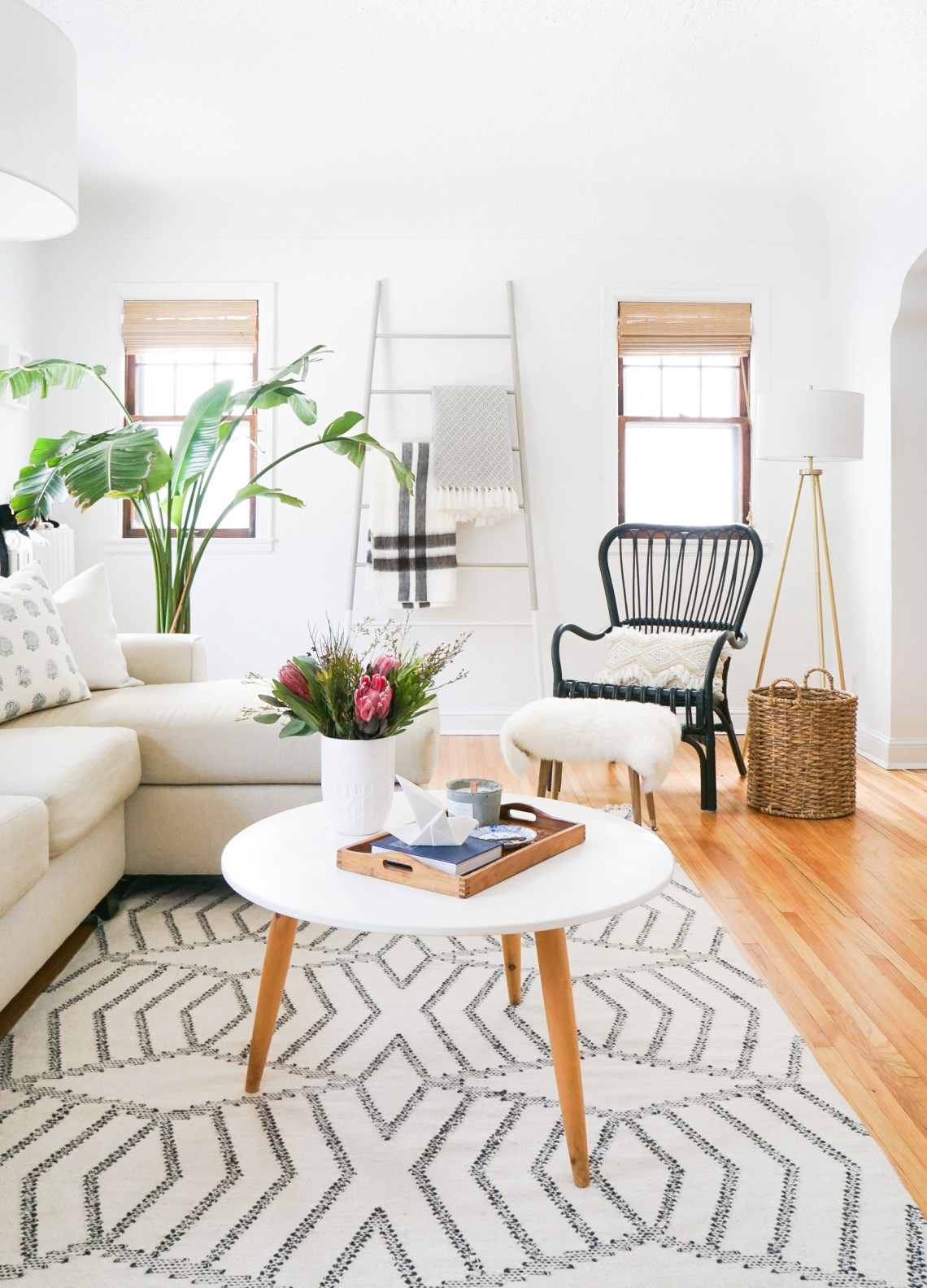 Find out how to clean your wool vintage rug from rug expert, Kim Gunther from Woven Abode. Click for deets!