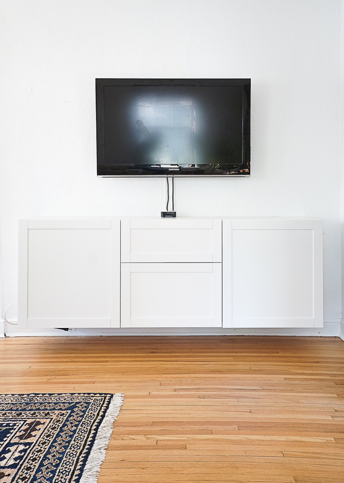 Diy Floating Media Cabinet Before After Francois Et Moi
