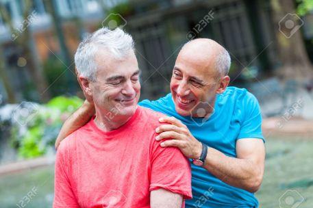 31298043-couple-dans-le-parc-new-york-banque-dimages