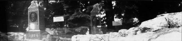 Riel grave 2 (p)
