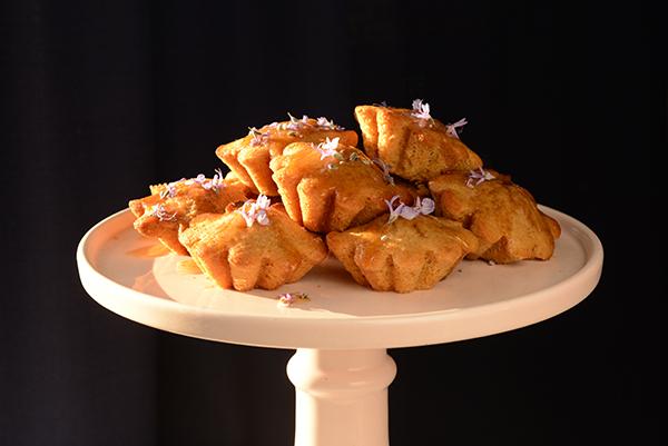 Kawakawa Tea Cakes from Miggs McTaylor