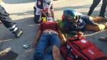 Ciclista Por Poco y Causa una Tragedia… Provoca Choque Contra Moto Hay 2 Heridos
