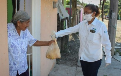 Sin Aflojar el Paso Municipio Hace Llegar Apoyos Alimenticios