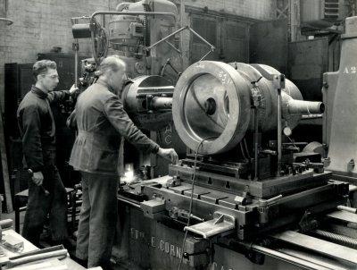 Léonce Camatte - Atelier des turbine Atelier de Mécanique chantier naval de la Seyne sur Mer - lovisolo