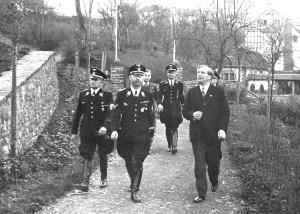 Foto: Heinrich Himmler 1939 bei Werner Peiner in Kronenburg