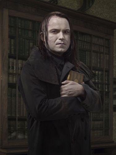 Rory Kinnear as Frankenstein's creature in Penny Dreadful.