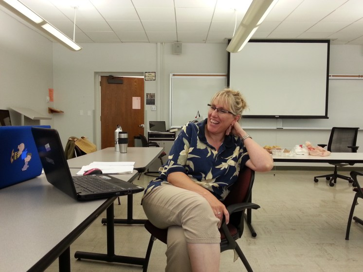 Student Lynnel Bryson-Davis enjoying the class discussion on Weekend # 5. Photograph by Rosemary Irvine