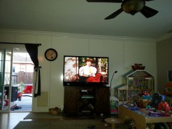 Whispering Smith screening at Dr. Jennifer Smith homes (Marion on T.V). Photograph by Rosemary Irvine