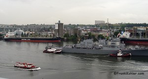 06-09-16 USN Destroyer, Portland Fire Boat