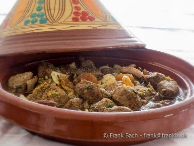 Tagine med and