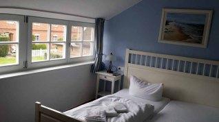Ferienwohnung Wigbold in Middelhagen - Schlafzimmer (c) Frank Koebsch