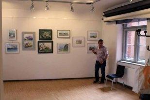 Hängen der Ausstellung Faszination Aquarelle (c) Frank Koebsch (6)