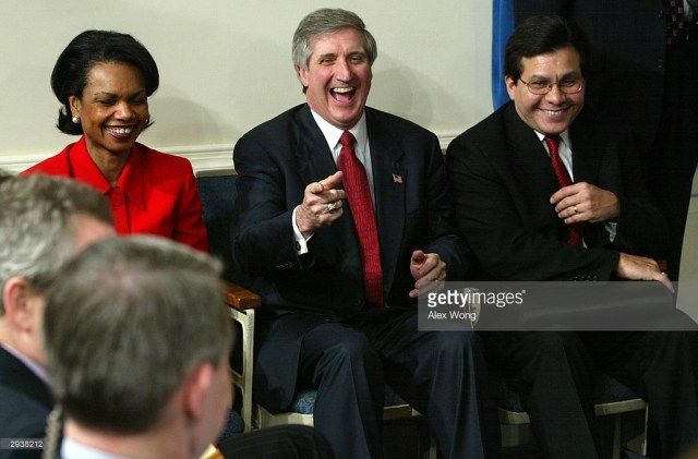 white-houes-chief-of-staff-andrew-card-jokes-around-with-reporters-as-picture-id2938212.jpg