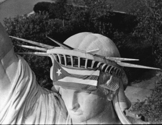 Puerto-Rican-Flag-On-Statue-Of-Liberty.jpg