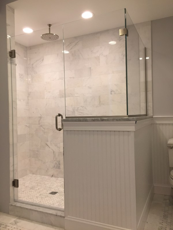 Corner Glass Shower Doors