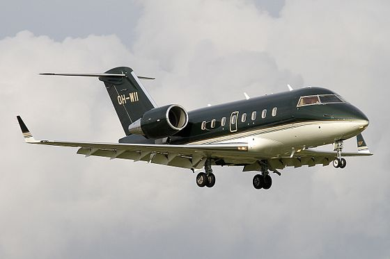 Bombardier_CL-600-2B16_Challenger_604,_JetFlite_JP7661880