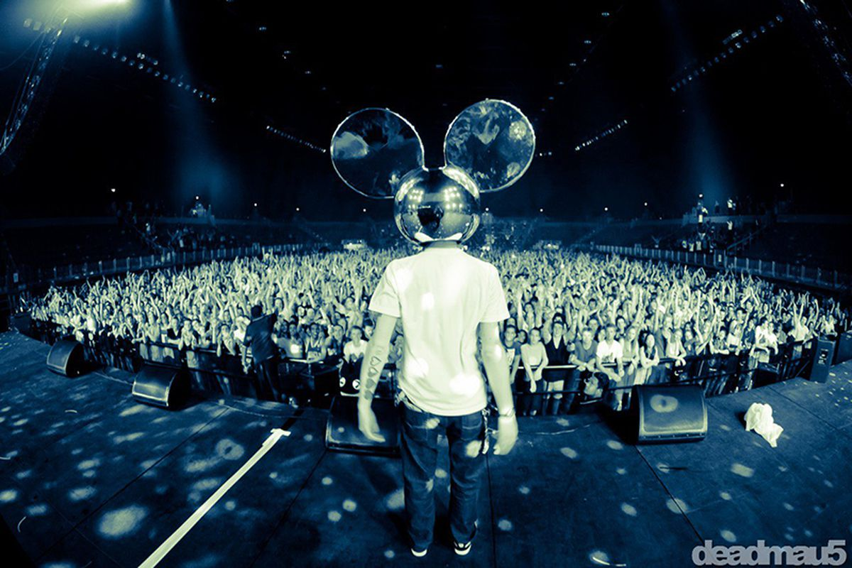 deadmau5crowd.0