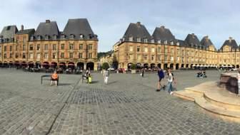 Charleville-Mézières, mooie stad aan de Maas.