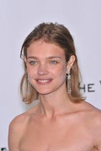 natalia-vodianova-fine-hair-lob