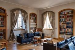 Hotelbibliothek