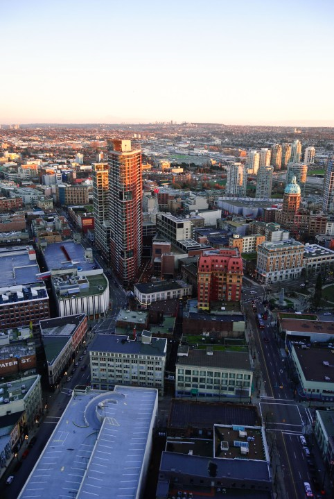 01-892-fn_20110109_vancouver_008