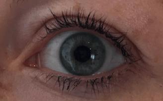 Augen ungeschminkt