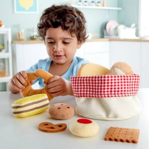 Juguete sostenible: Cesta de pan, bollos y galletas blanditos HAPE